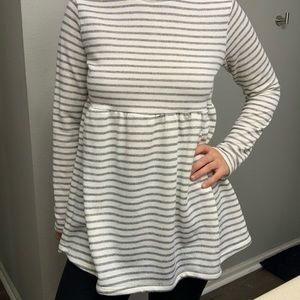 Long sleeved stripped babydoll!